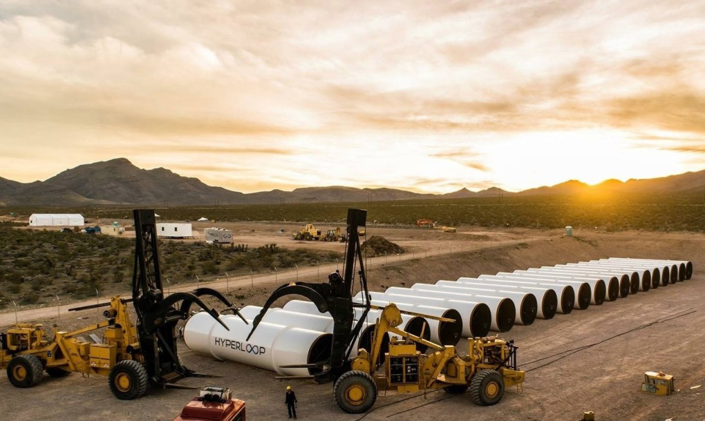 Hyperloop-One 04