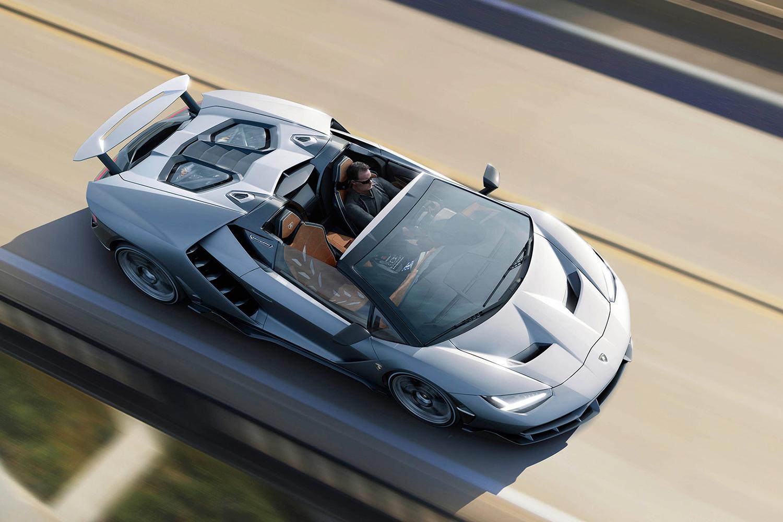 Lamborghini predstavilo Centenario Roadster za 2,3 milióna dolárov 05