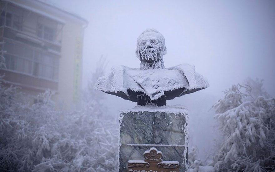 coldest-village-oymyakon-russia-amos-chaple-04