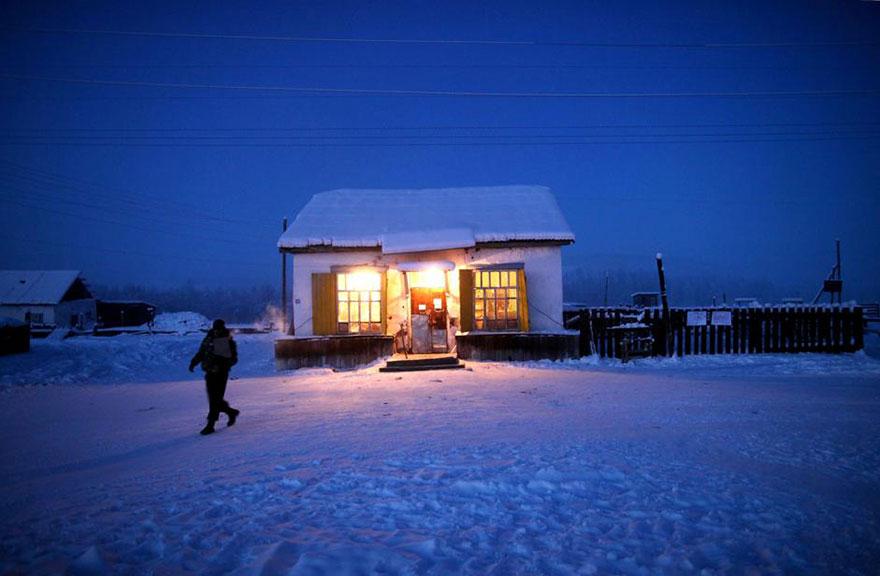 coldest-village-oymyakon-russia-amos-chaple-18