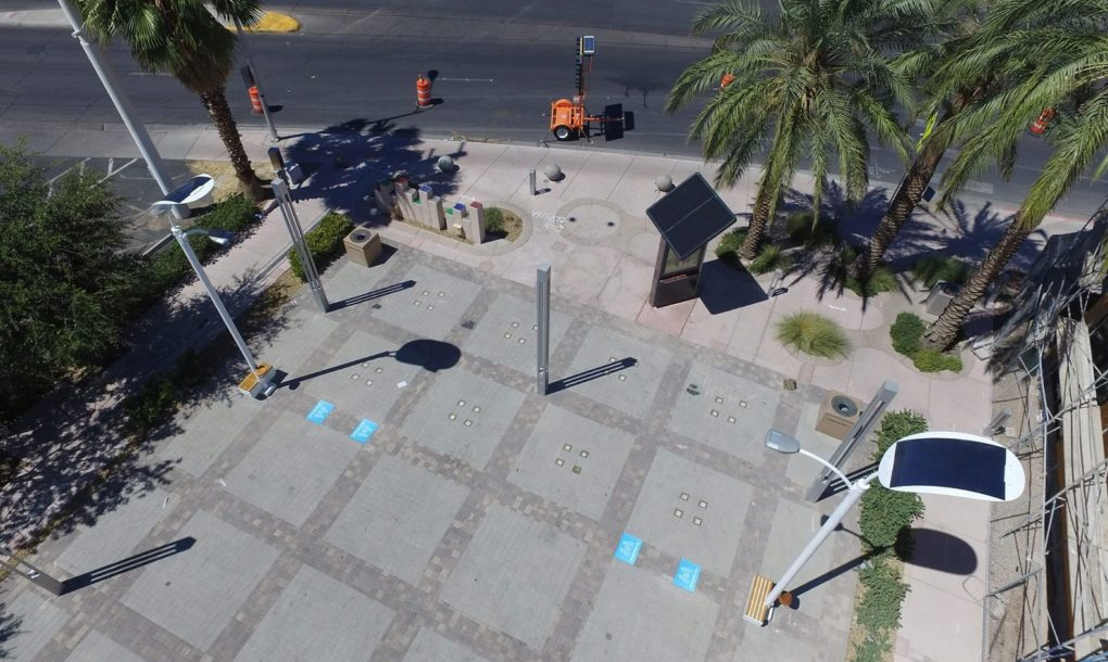 las-vegas-solar-streetlights-05