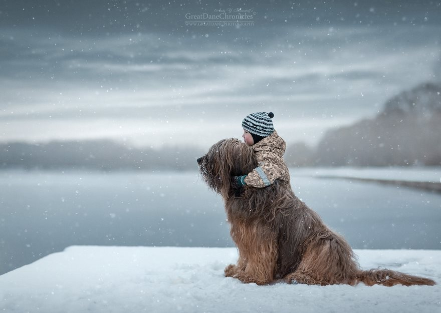 little-kids-big-dogs-friendship-photography-andy-seliverstoff-06