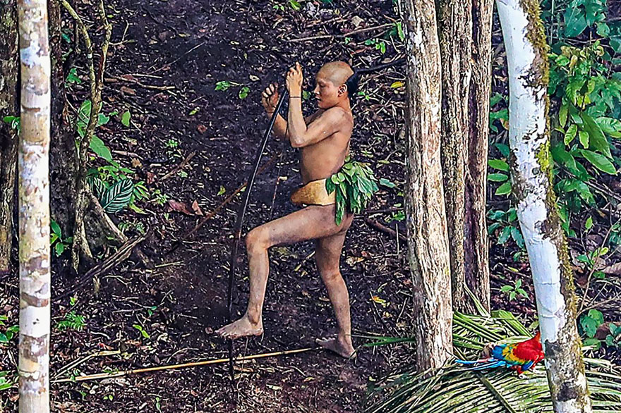 uncontacted-tribe-amazon-photography-ricardo-stuckert-sex-porn-09